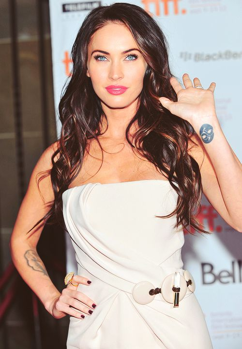 Cute Wrist Tattoo Megan Fox Tattoo Fox Tattoo Design Cute Tattoos On Wrist