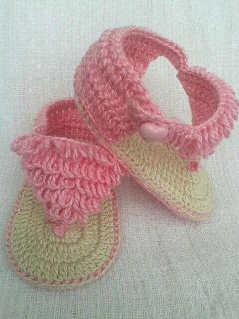 Sandália de franja para menininhas estilosas
