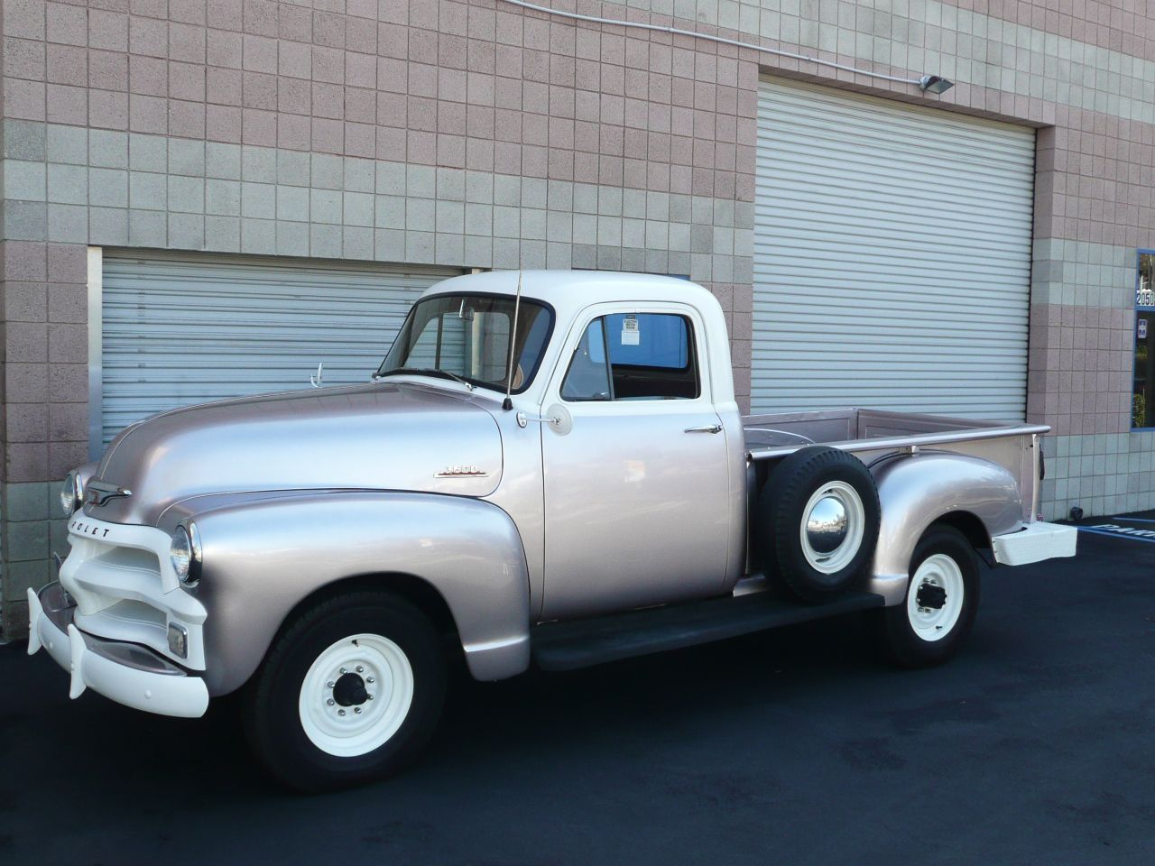 1954 chevrolet 3600 long bed pickup