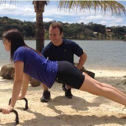 Dez exercícios para deixar os braços das mulheres definidos