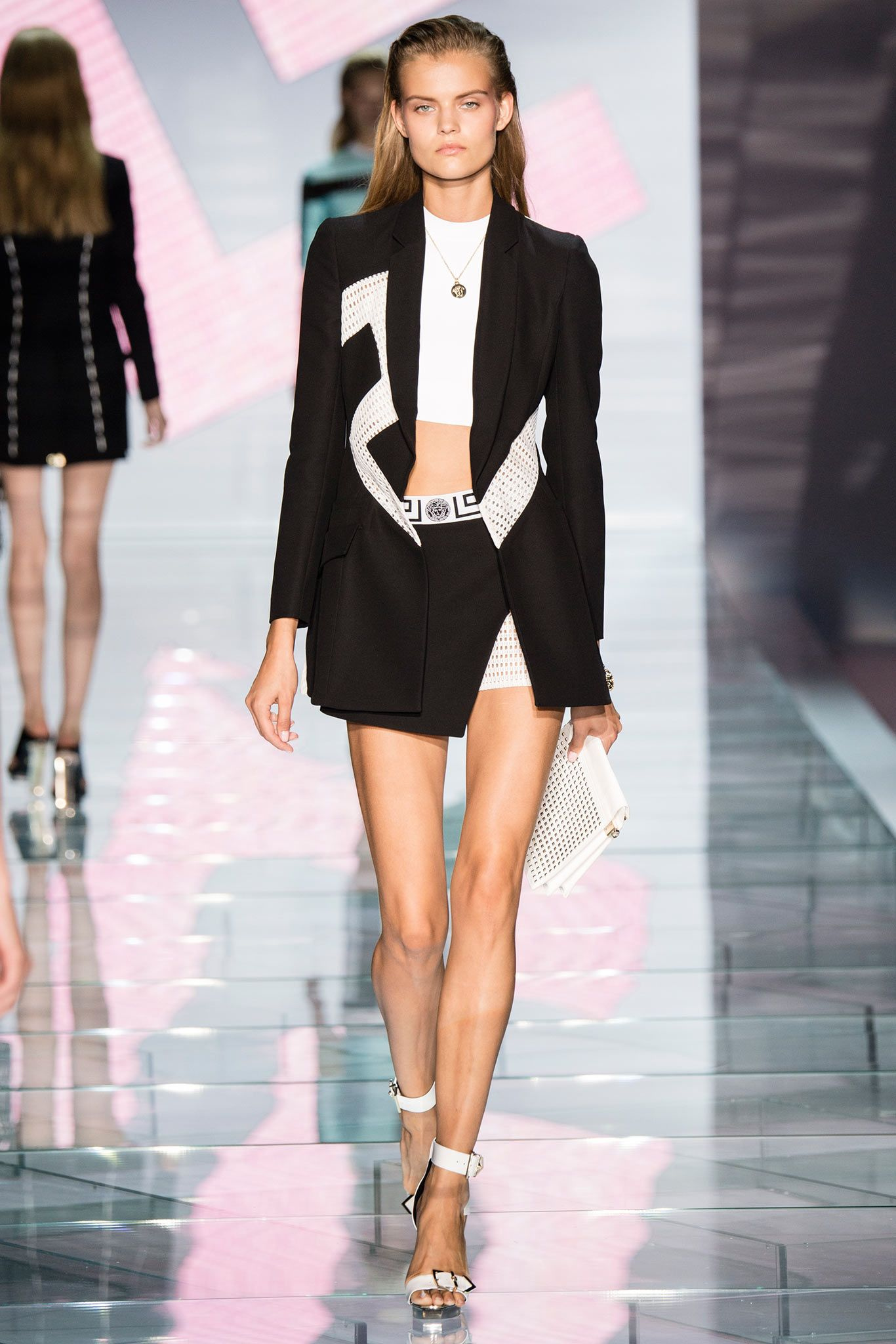 5fe65c357 Versace Spring 2015 Ready-to-Wear - Collection - Gallery - Style.com ...