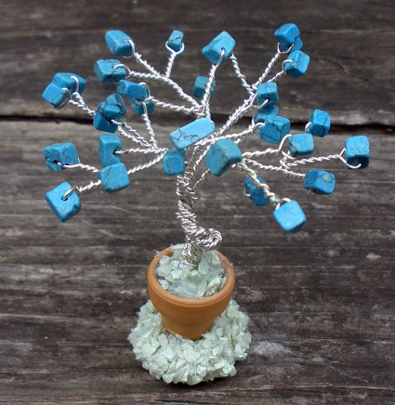 I absolutely love gem trees! These little ones are perfect for any place in the home.
