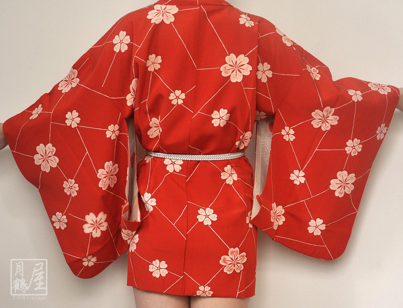Vintage Red kimono with floral print womens