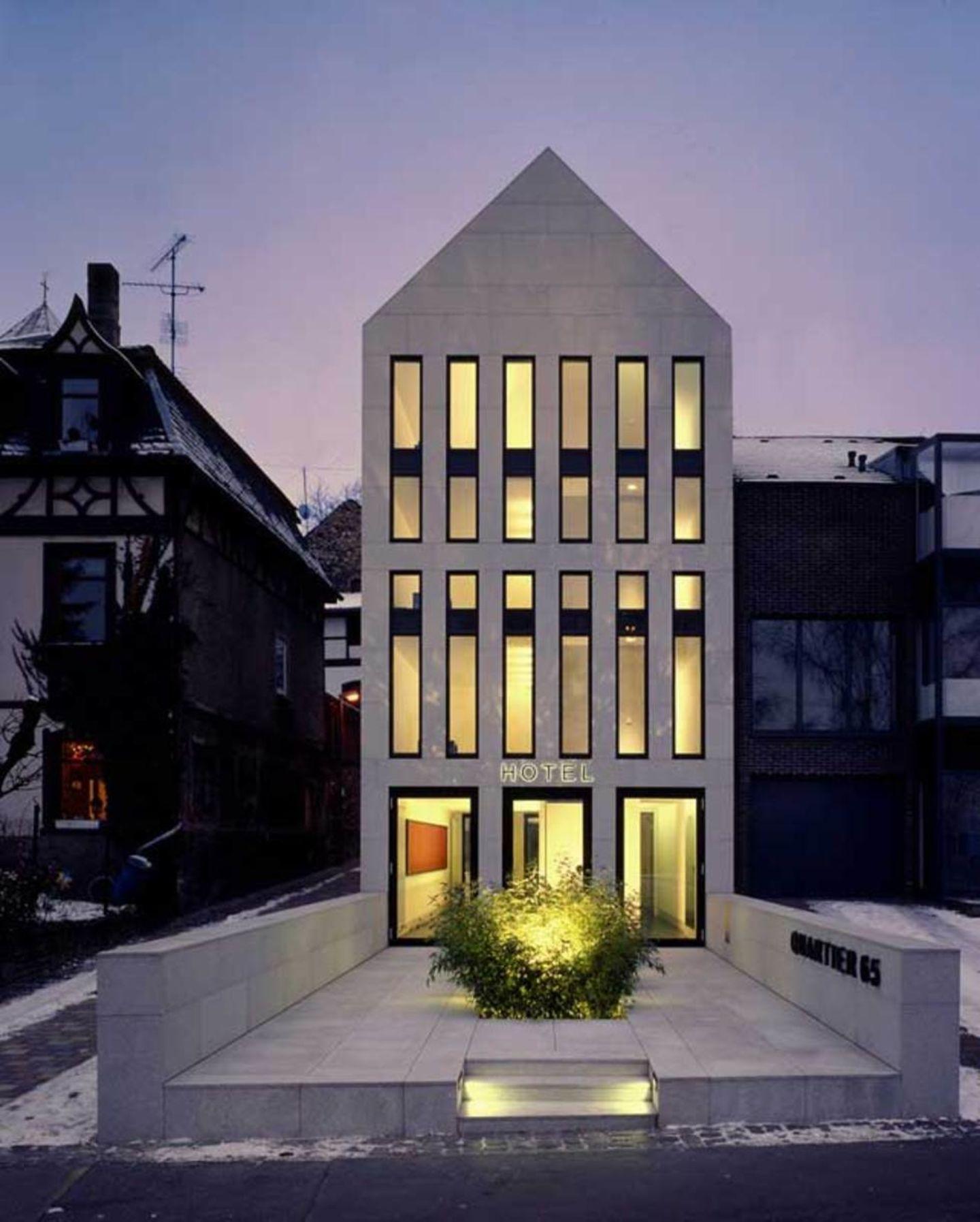 max dudler architekt hotel quartier 65 divisare hotels pinterest architekten fassaden. Black Bedroom Furniture Sets. Home Design Ideas