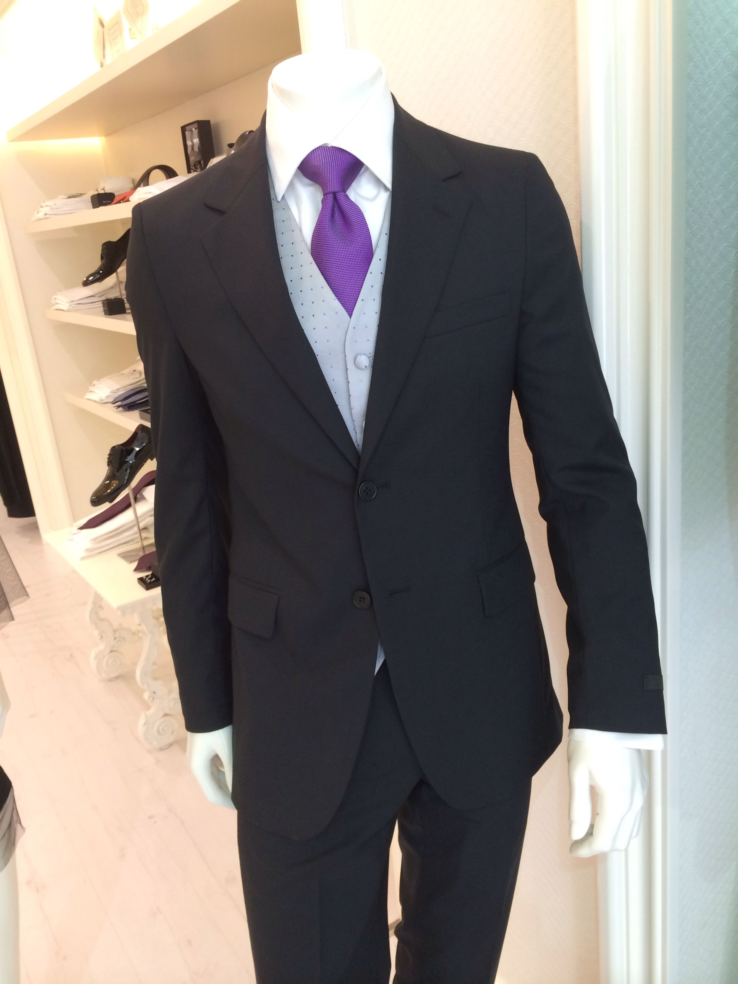 Traje de caballero Prada, chaleco ceremonia gris con topos color ...