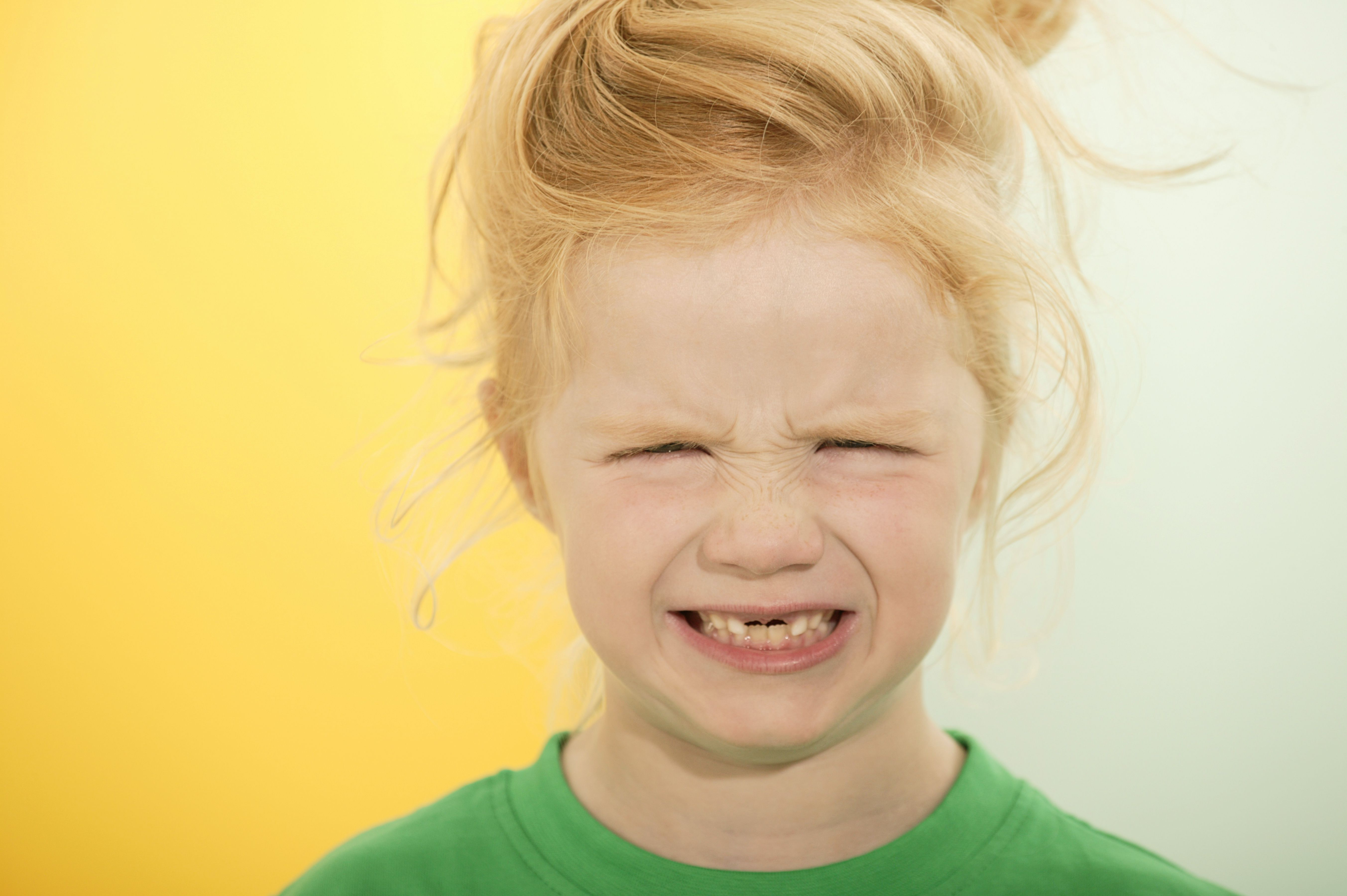 Why Do Teeth Turn Yellow? | Interesting info | Discolored