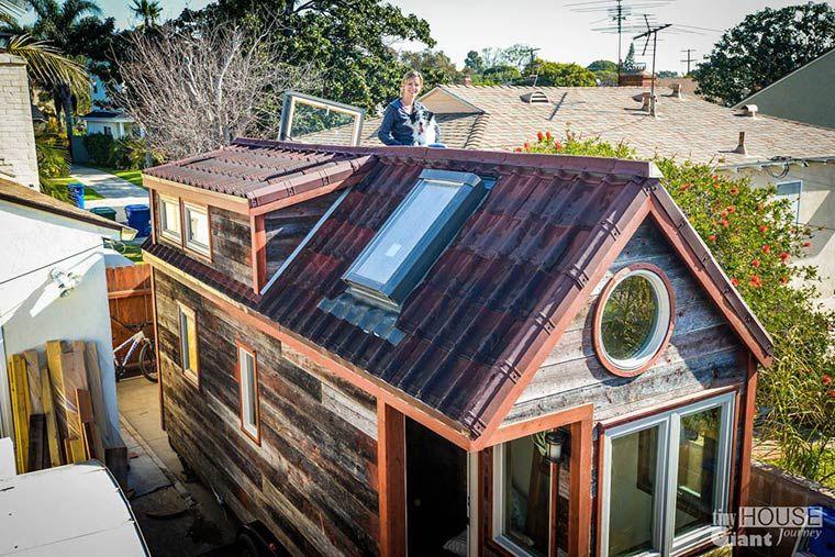 Pour Leur Projet Tiny House Giant Journey, Le Jeune Couple Jenna Et  Guillaume Ont Décidé