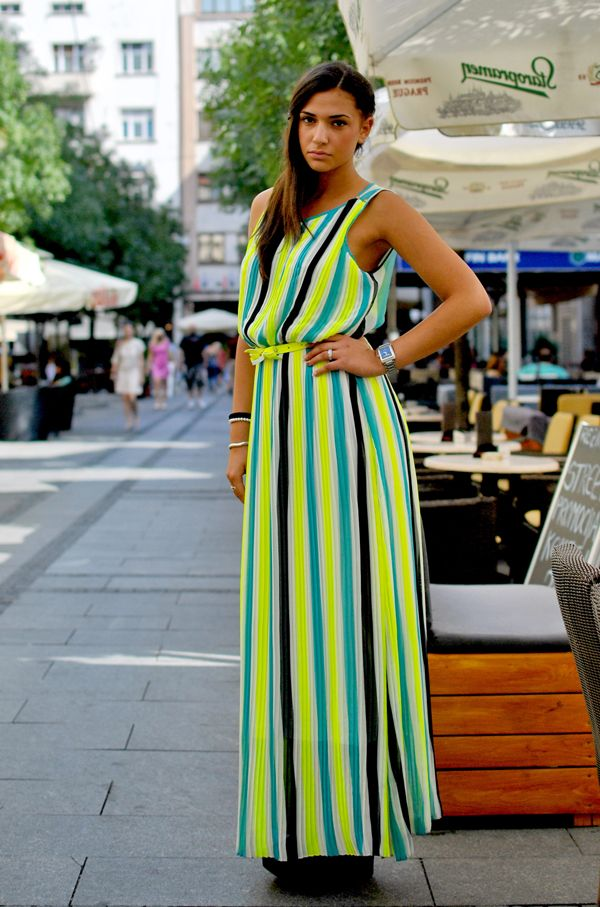what a colour combo - also obsessed with pleated maxis