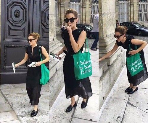 緑バッグのエマ・ワトソン