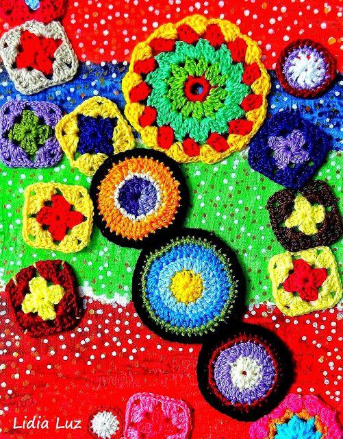 Lidia Luz: Felicidade, crochê sobre tela