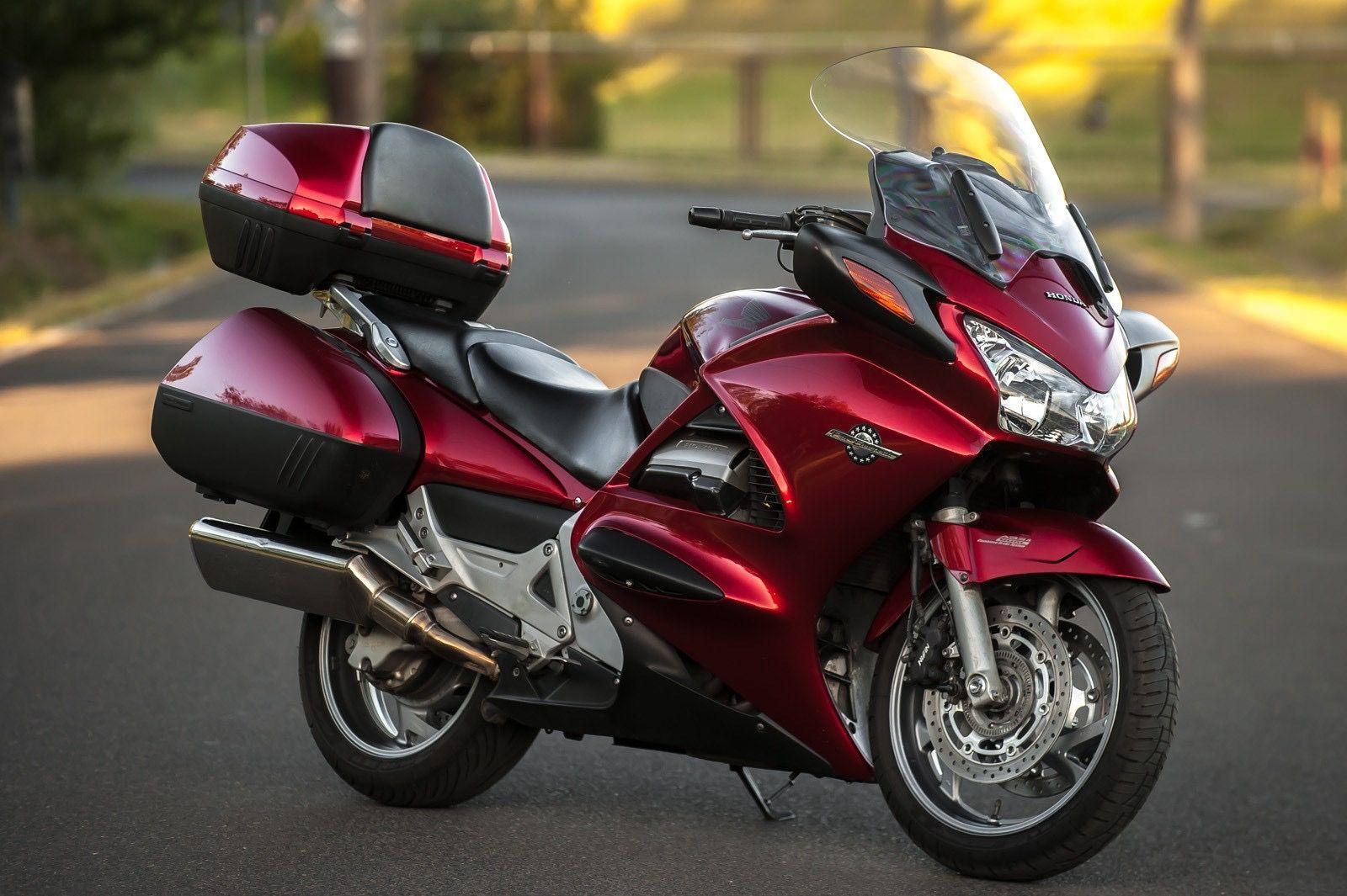 Pin by J on Cafe   Tracker motorcycle, Honda, Honda dominator
