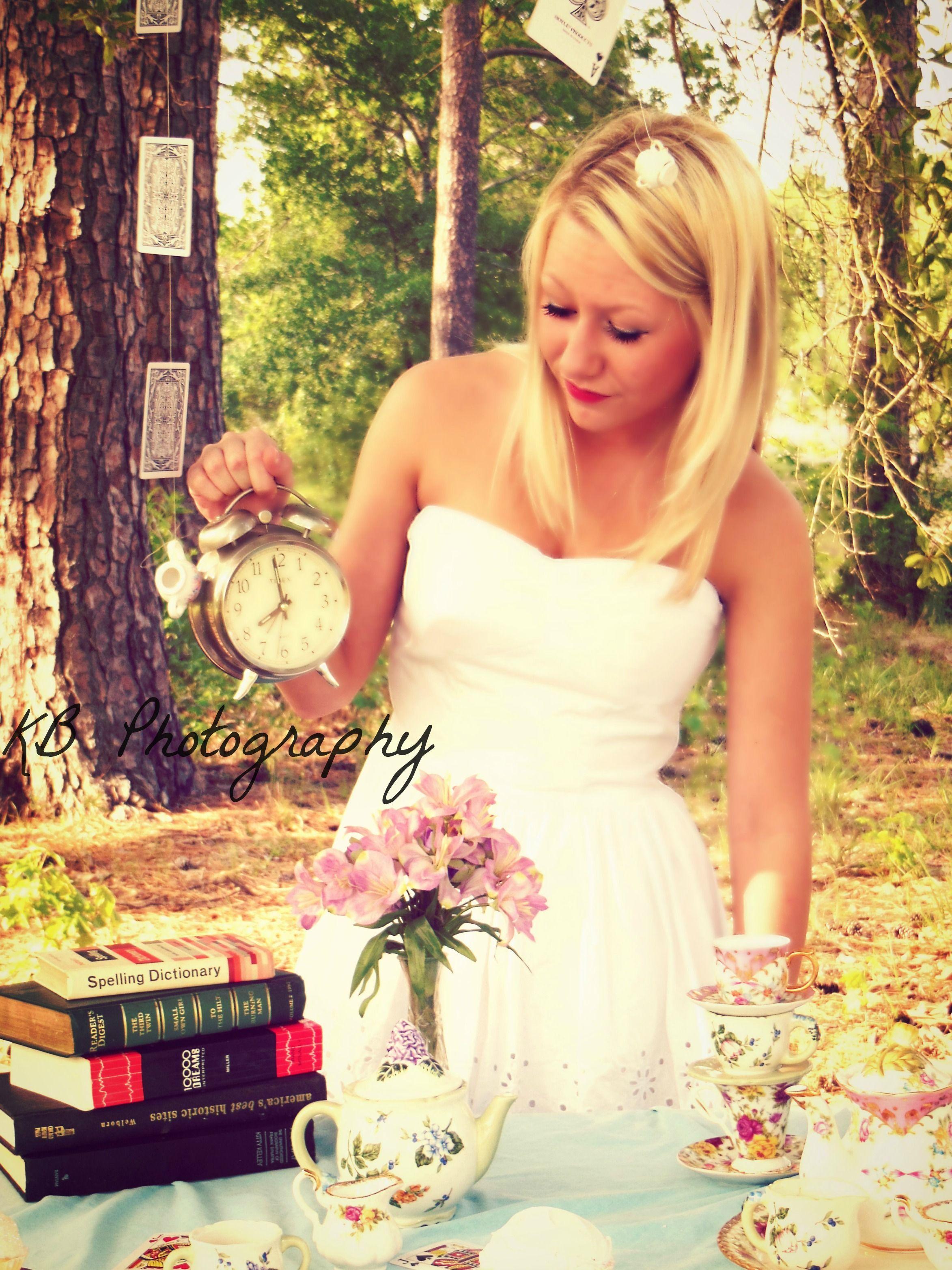#aliceinwonderland #teaparty #photoshoot #photography #kbphotography #myversion #teacup #books #flowers #cards #alice #disney #fantasy