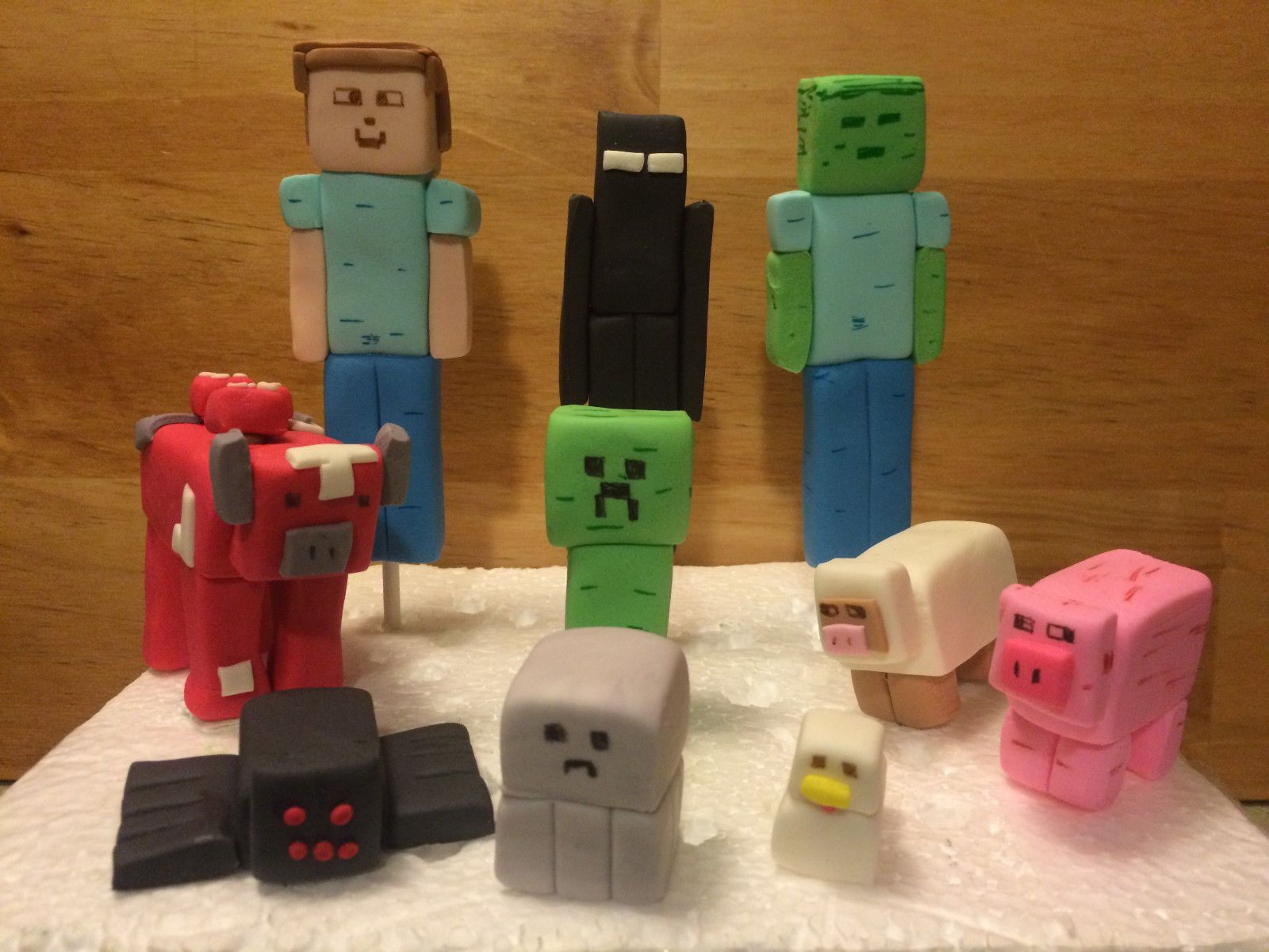 Cake Toppers Minecraft Uk : 5 Custom Edible Fondant Minecraft Figures Cake Toppers ...