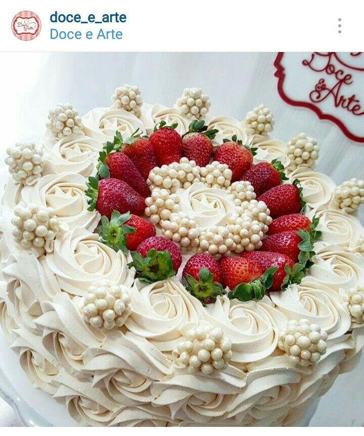 Christmas Cake Decorations Flowers: Decorating Idea!