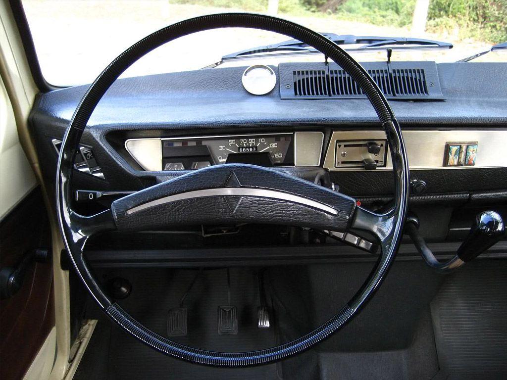 Renault 6 interieur renault pinterest cars for Renault 9 interieur