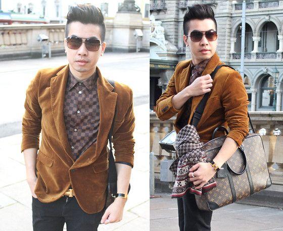 Louis Vuitton Bag, Hermës Clic Clac, Louis Vuitton Scarf, Zara Blazer, Louis