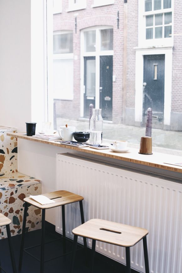 ledge shelf - City Guides: Amsterdam
