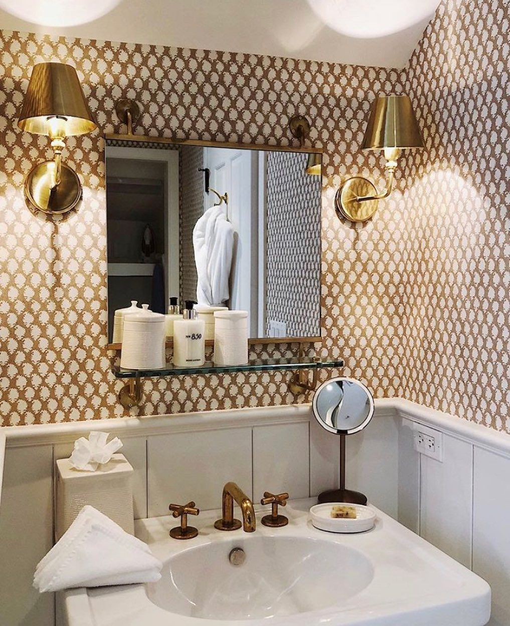 Erin Gates On Instagram Small Powder Room Inspiration Via 850hotel Designed By Ritakonig In 2020 With Images Rustic Bathrooms Powder Room Small Bathrooms Remodel