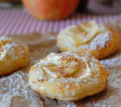 A    Sprinkle    of    This    and    That: Honey Drizzled Apple Puffs