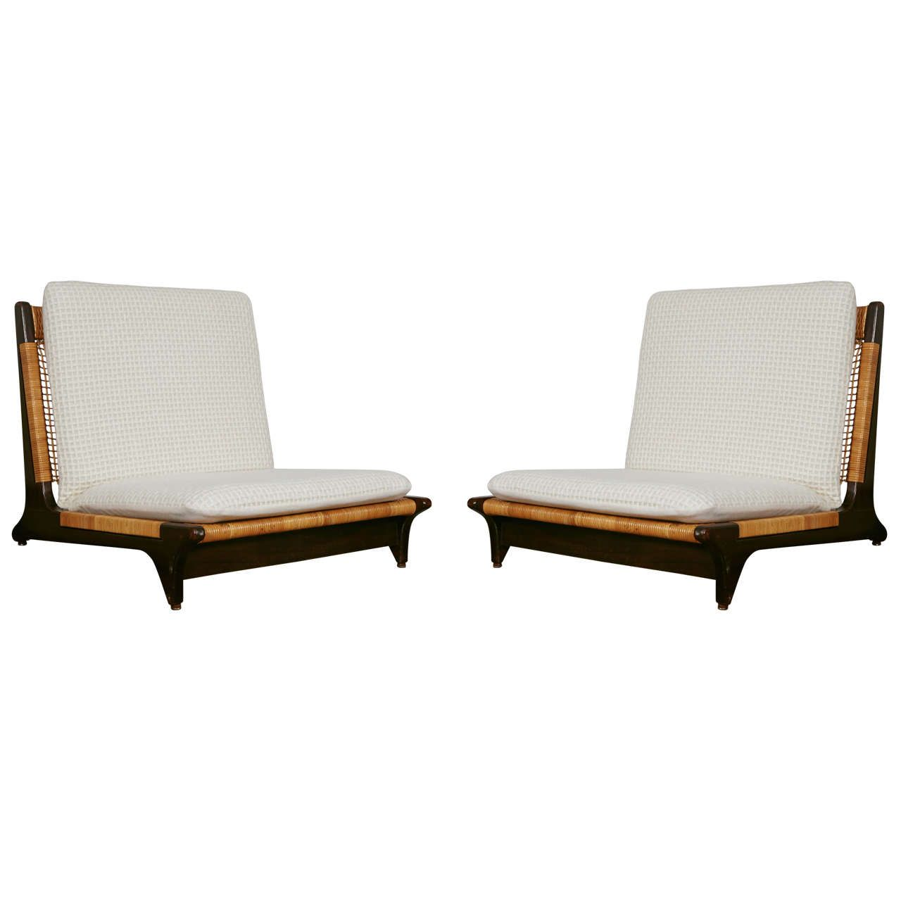 Antique lounge chairs - Pair Of Hans Olsen Low Chairs
