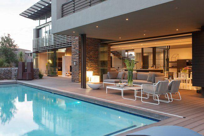 Patios de casas modernas una casa llena de sorpresas - Patios de casas modernas ...