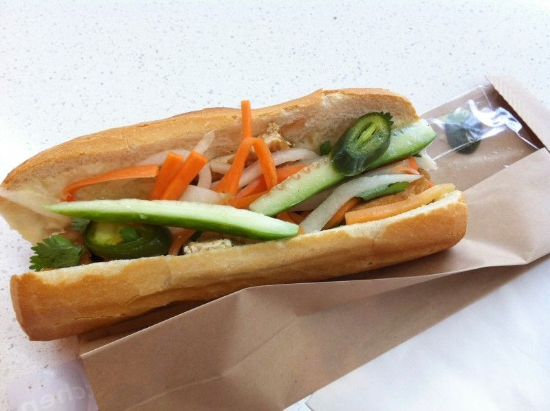 Vegetarian banh mi from Pho Kitchen (photo by www.ittybittyfoodies.com)