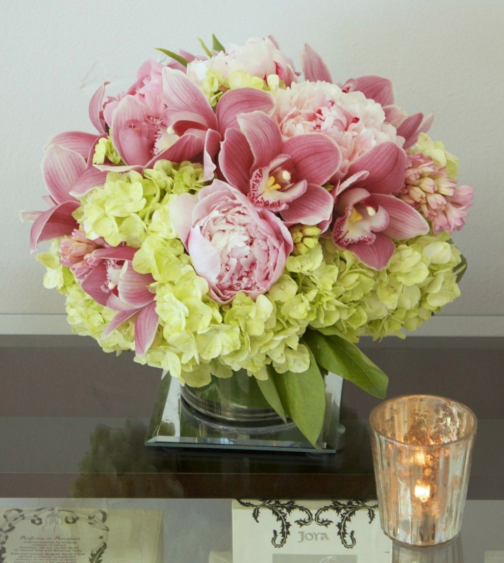 My Beverly Hills Florist Flower delivery, Pink flower