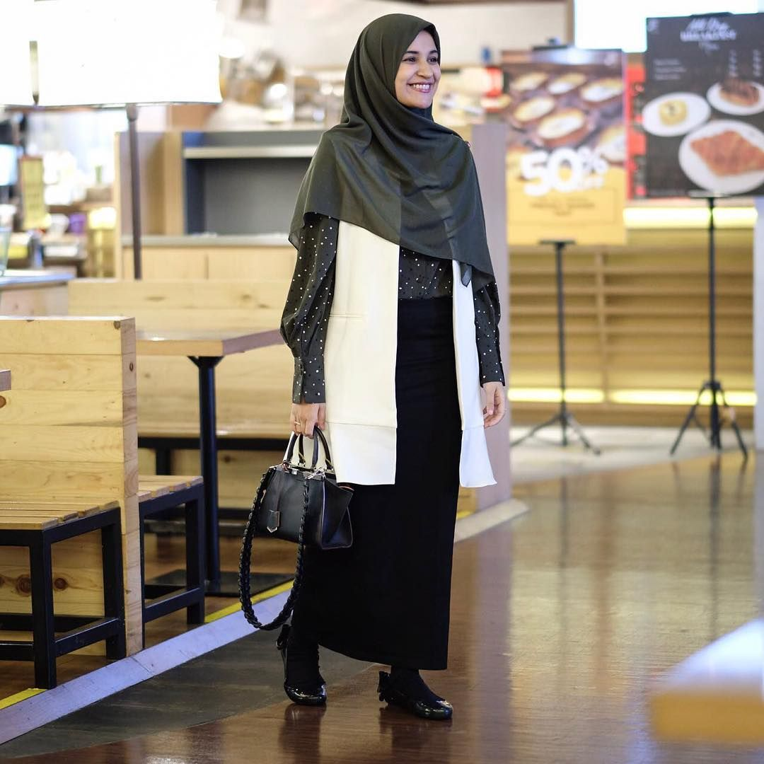 "Shireen Sungkar di Instagram ""Ootd ala ala ibu mall (apasih ..."