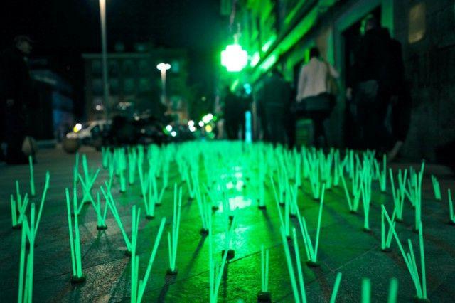 Light installations in Madrid by Luzinterruptus