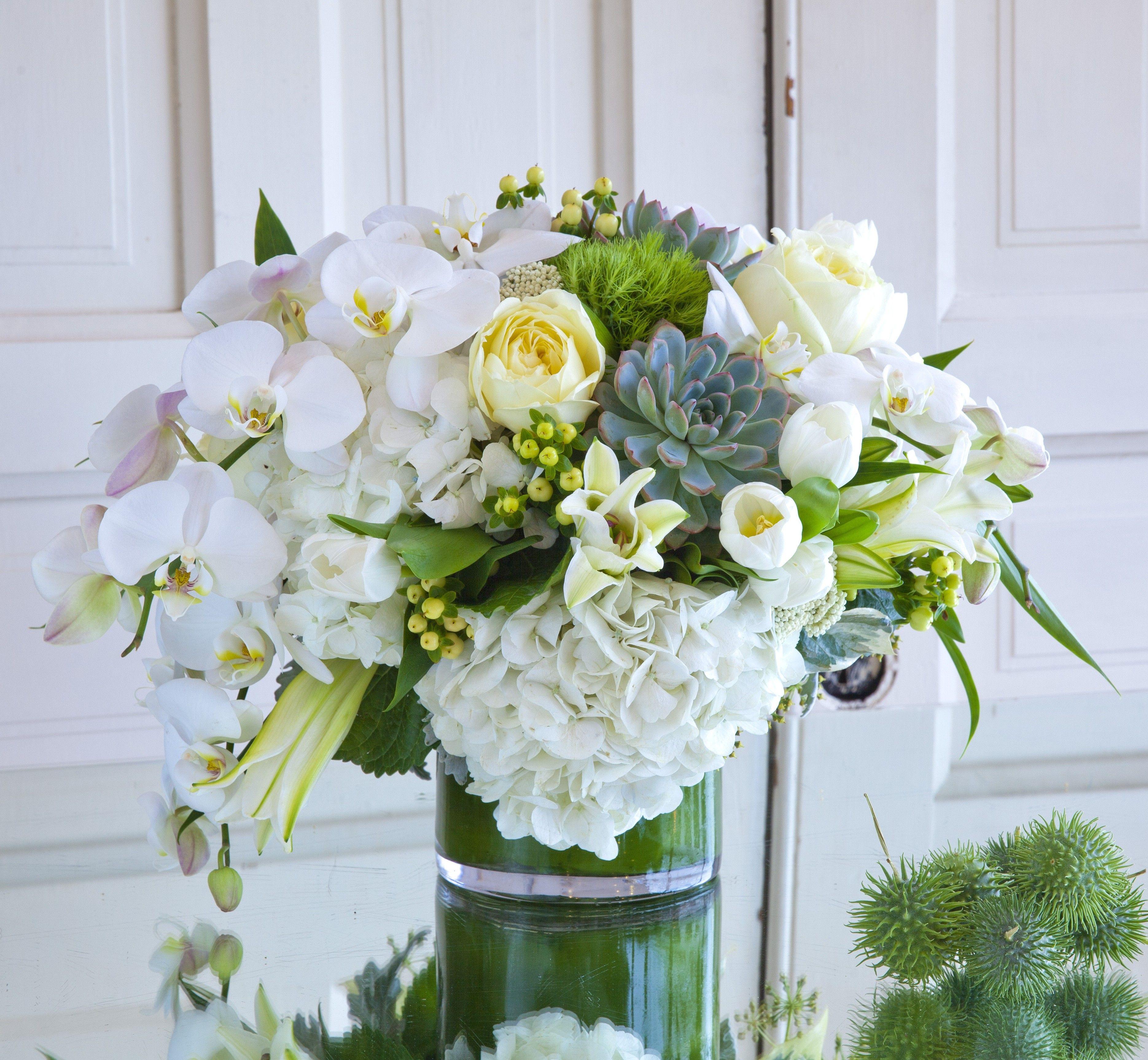 Deluxe White Summer flower arrangements, Flower