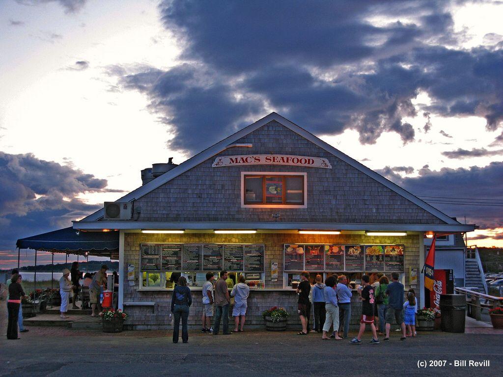 Mac S Seafood Wellfleet Ma In 2020 Cape Cod Cape Cod Restaurants Wellfleet