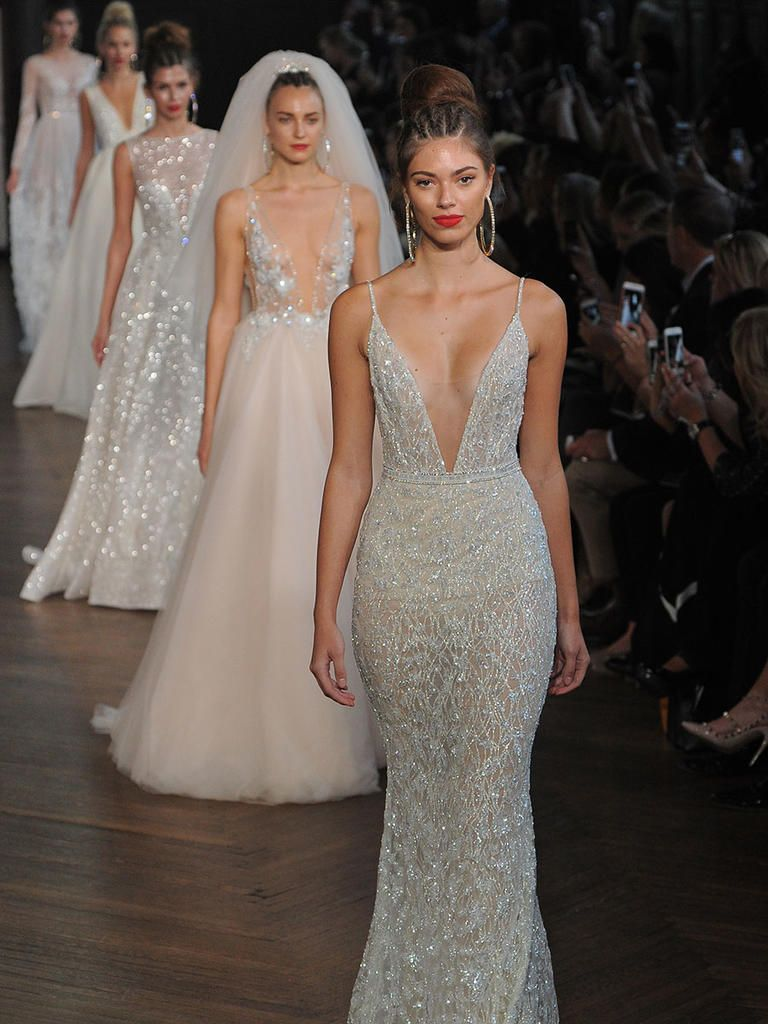 Berta Bridal Fall 2017: Bold Bridal Gowns With Avant-Garde Style ...