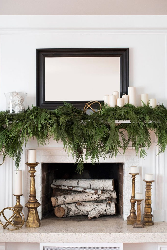 Winter Decorations That Will Make Your Home Super Cozy This Season Holiday Fireplace Decor Holiday Fireplace Christmas Mantel Decorations