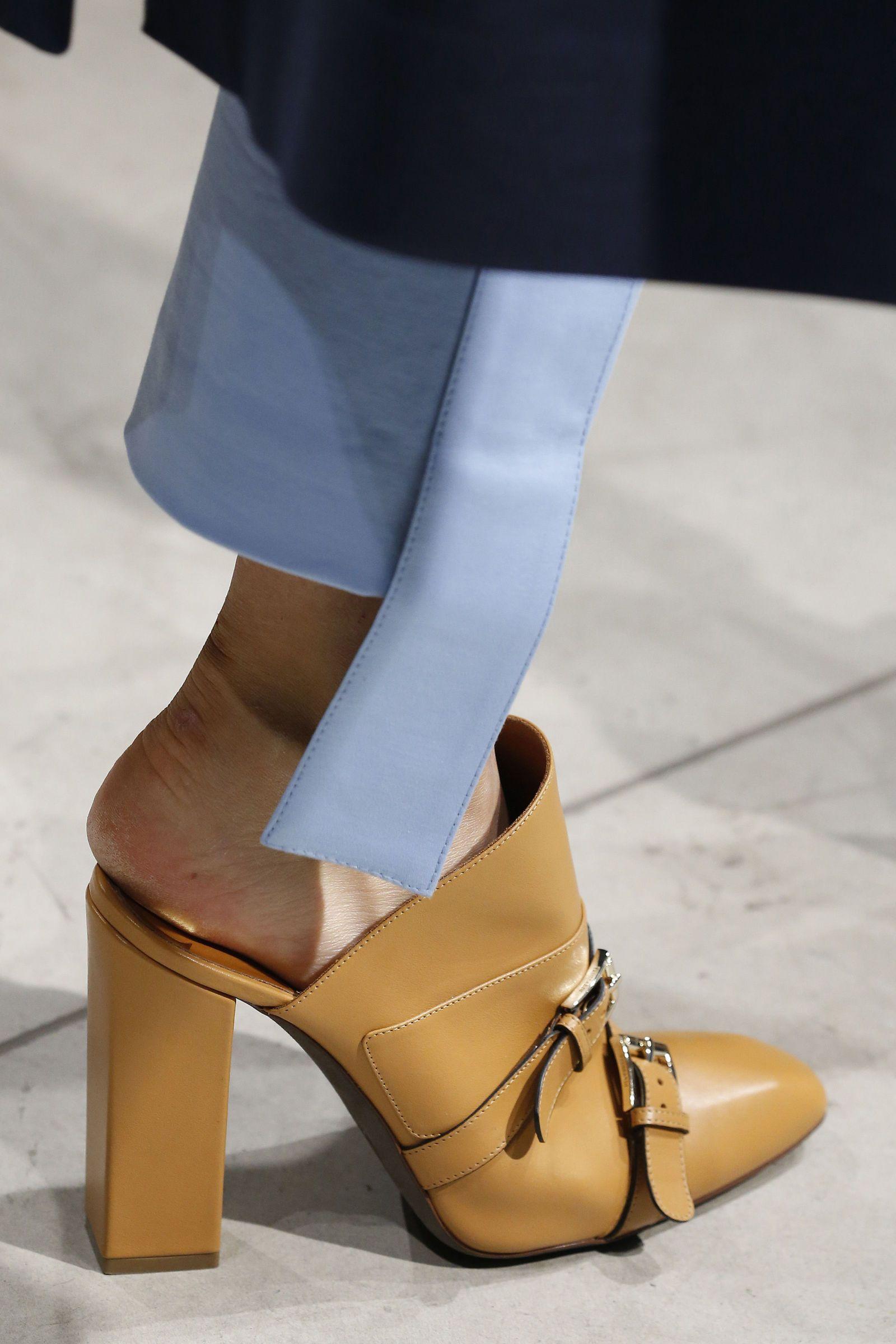 negozio online 7cc6d c9d7a Amore a prima vista: le scarpe firmate che ameremo in ...