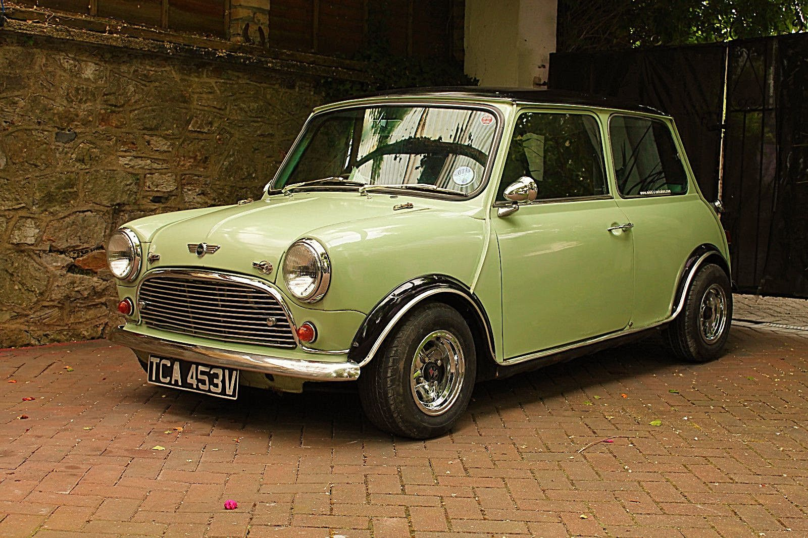 Ebay Mini 1000 1980 Great Looking Little Mini Classicmini Mini Classic Mini Mini Cars For Sale Mini