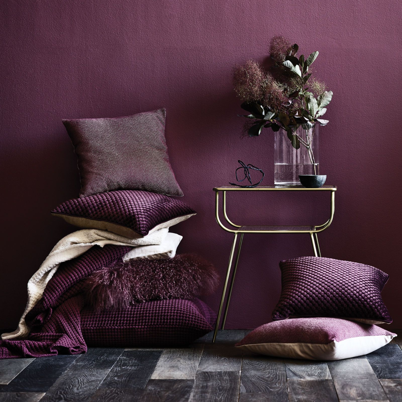 Innenarchitektur wohnzimmer lila  ways to introduce pantoneus colour of the year uultra violet