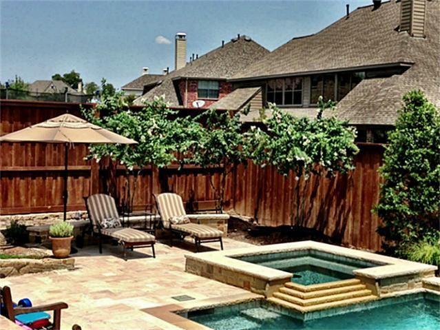 Looks like the perfect backyard retreat!