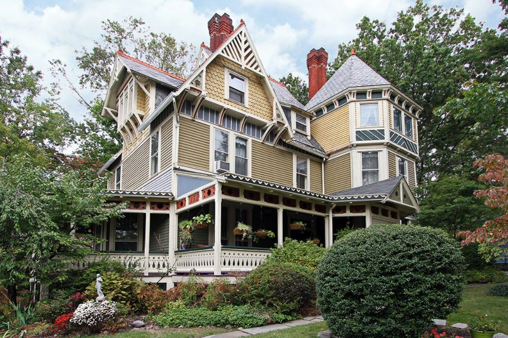 1879 Queen Anne In S Orange Nj Victorian Homes South Orange Different Architectural Styles