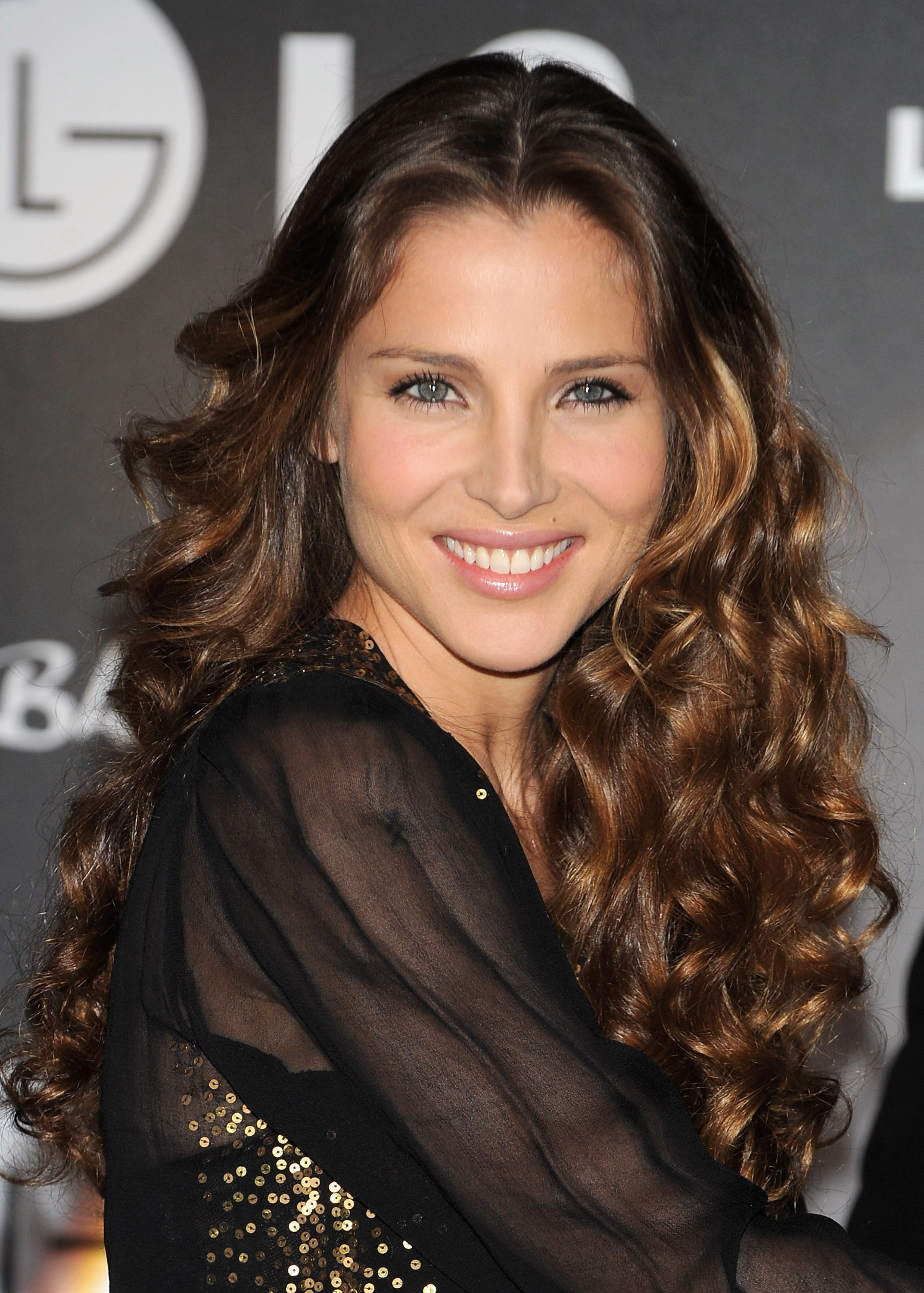 elsa pataky - perfect wavy hair