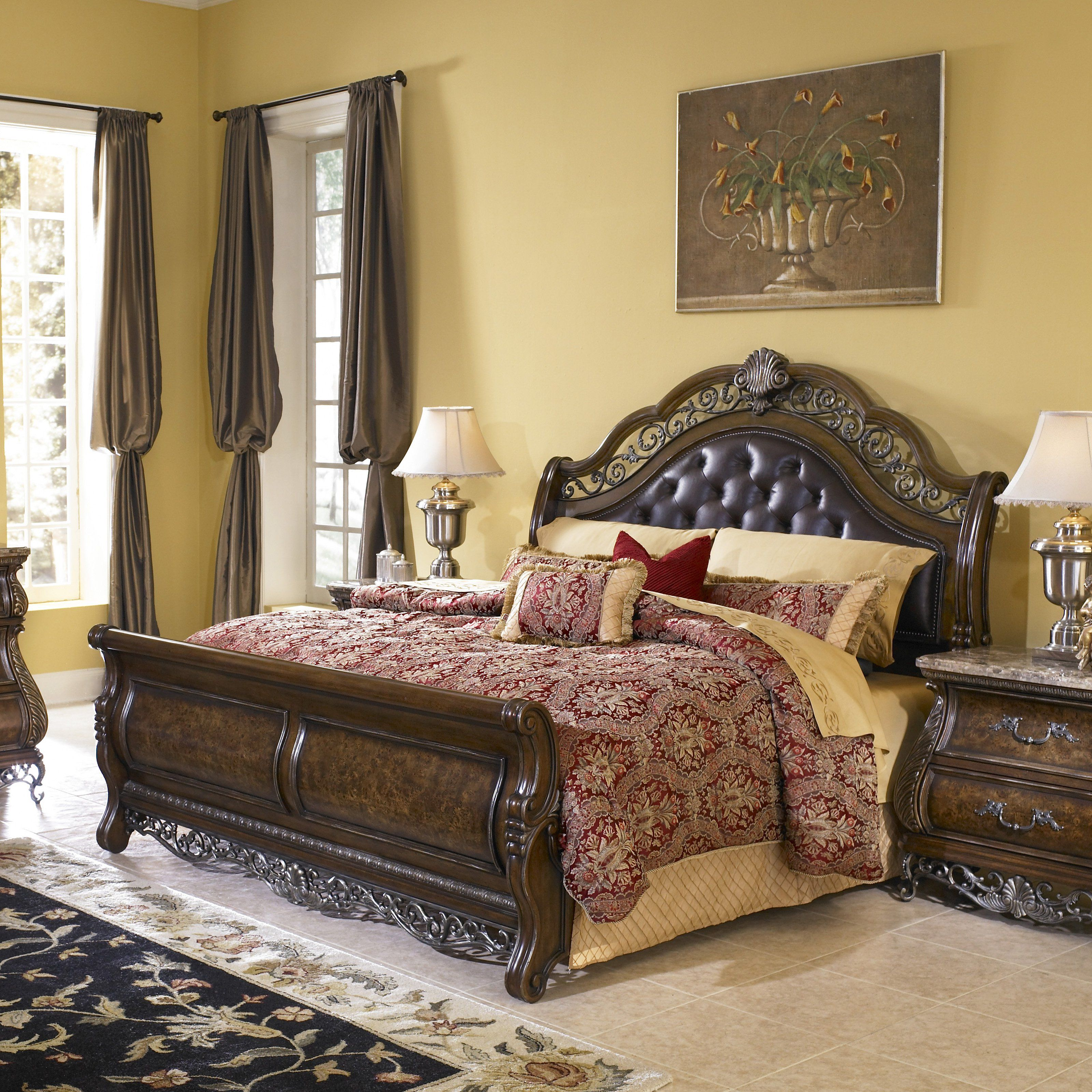 Birkhaven Sleigh Bed Set from Bed