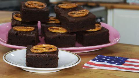 Backen: Blechkuchen-Rezepte: Glück im Quadrat - BRIGITTE