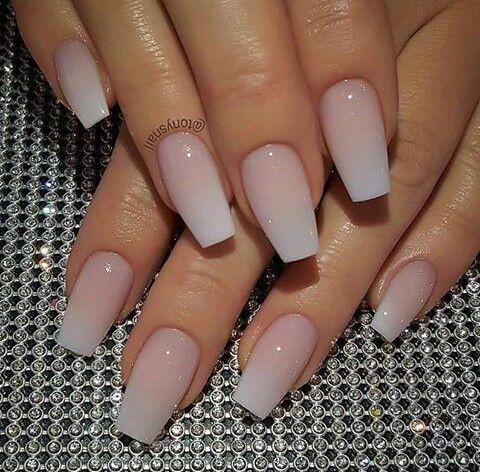 uñas naturales degradado  manicura de uñas uñas de gel