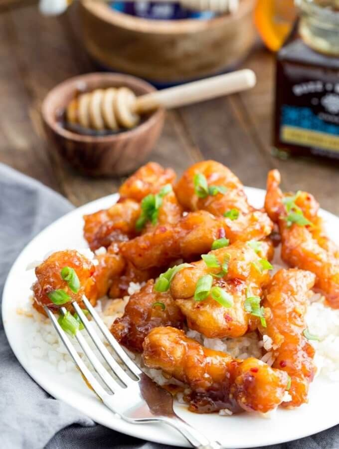 Honey garlic chicken recipes i will eventually attempt pinterest honey garlic chicken that is rich in flavor and easy to make your whole family will love this recipe for popcorn chicken with a rich honey garlic glaze forumfinder Choice Image
