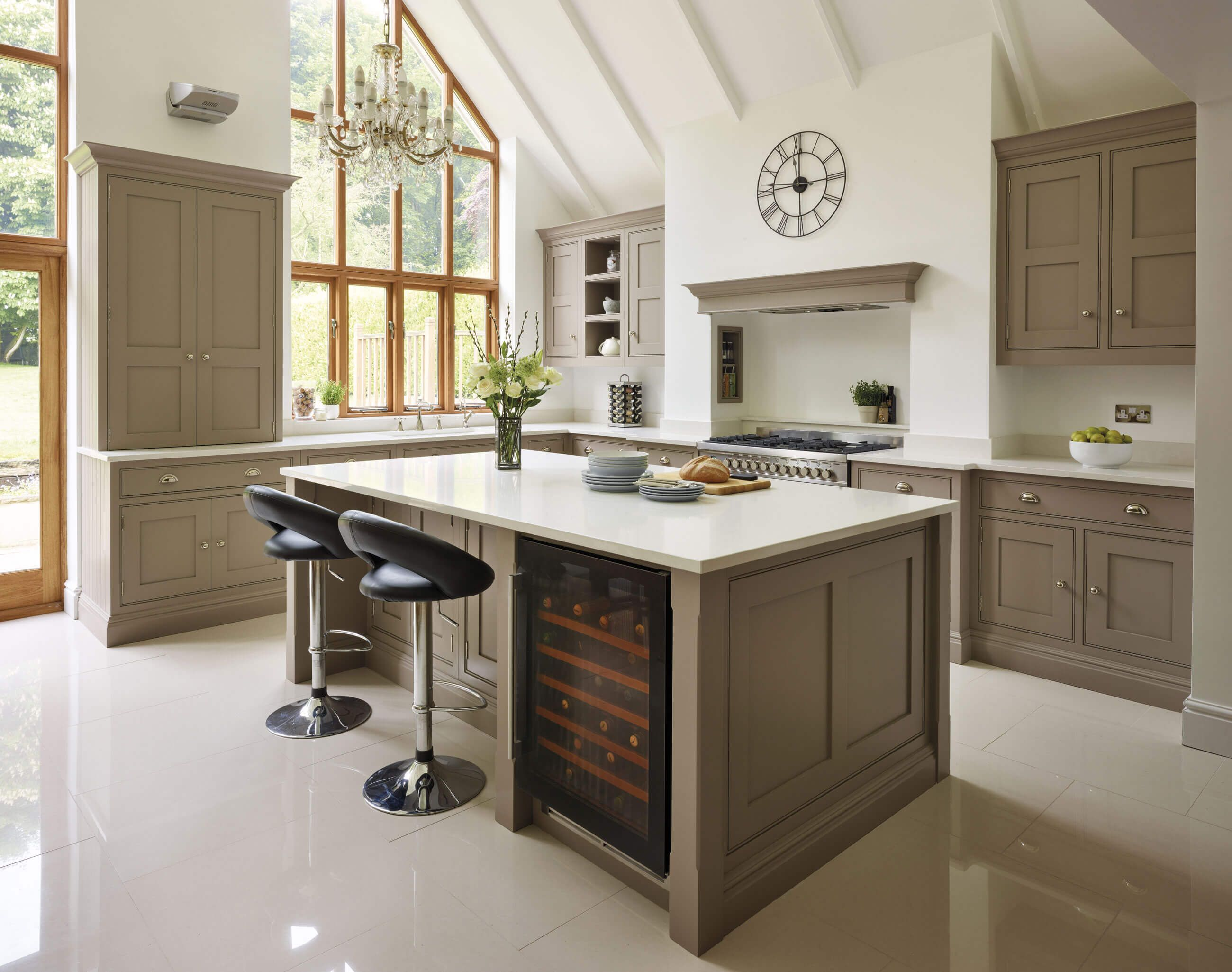 A contemporary twist on a classic shaker kitchen including