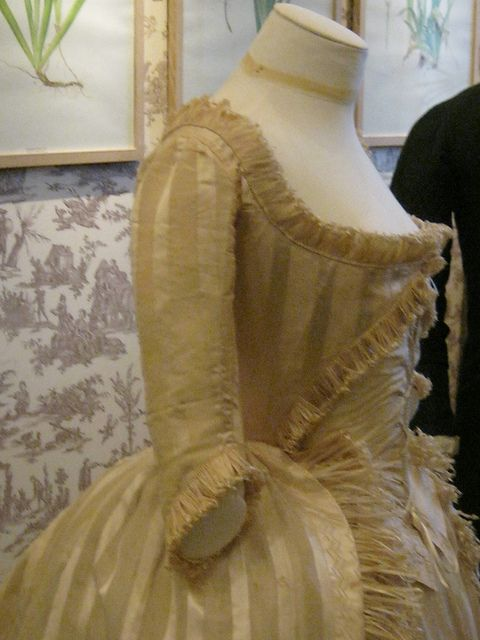 from the Musee de la toile de Jouy  IMG_5298.JPG by Heileen, via Flickr