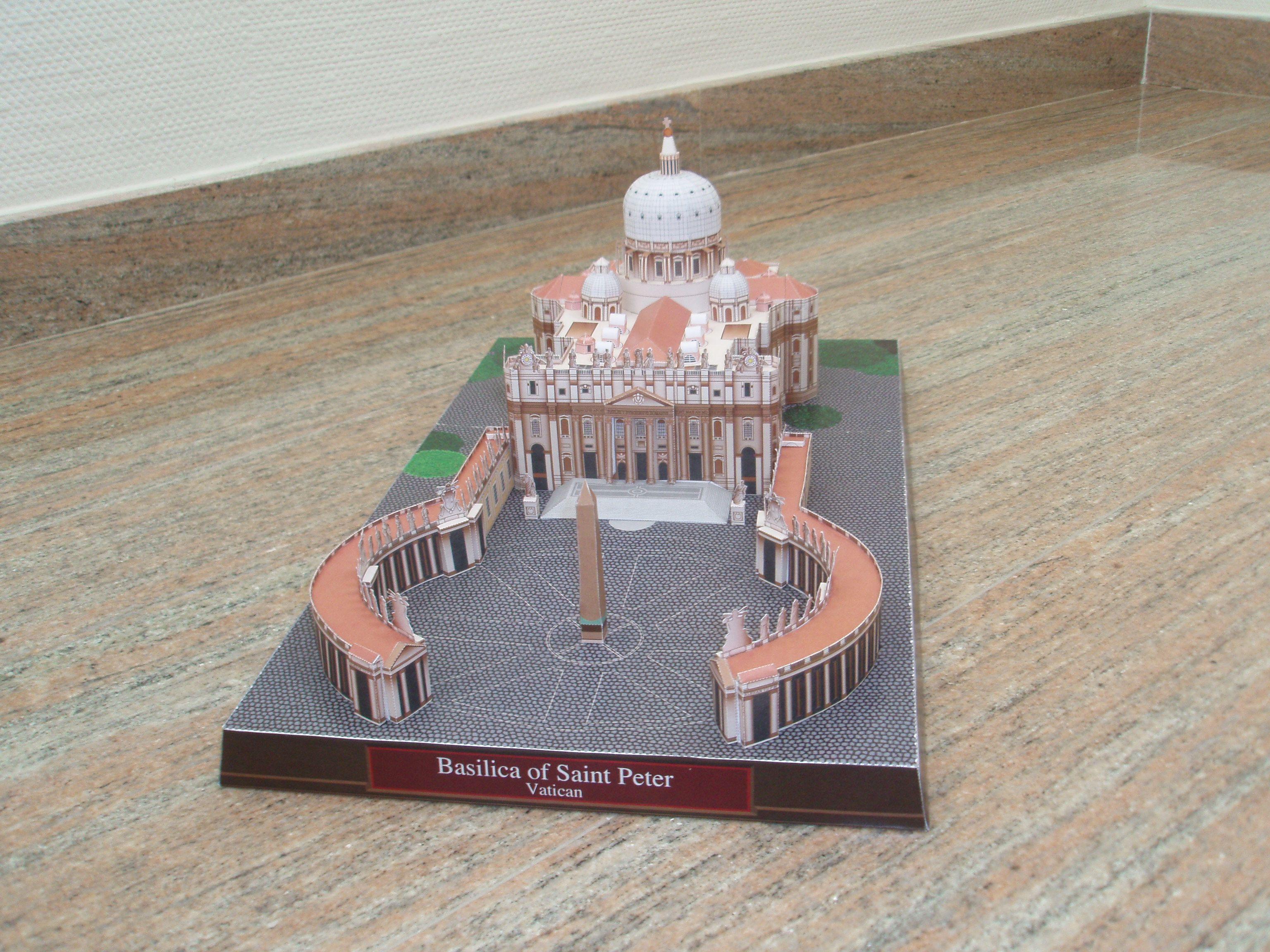 Papercraft Building Basilica De San Pedro 2 Jpg 3072 2304 Edificios Famosos Maqueta Arquitectura Basilica De San Pedro
