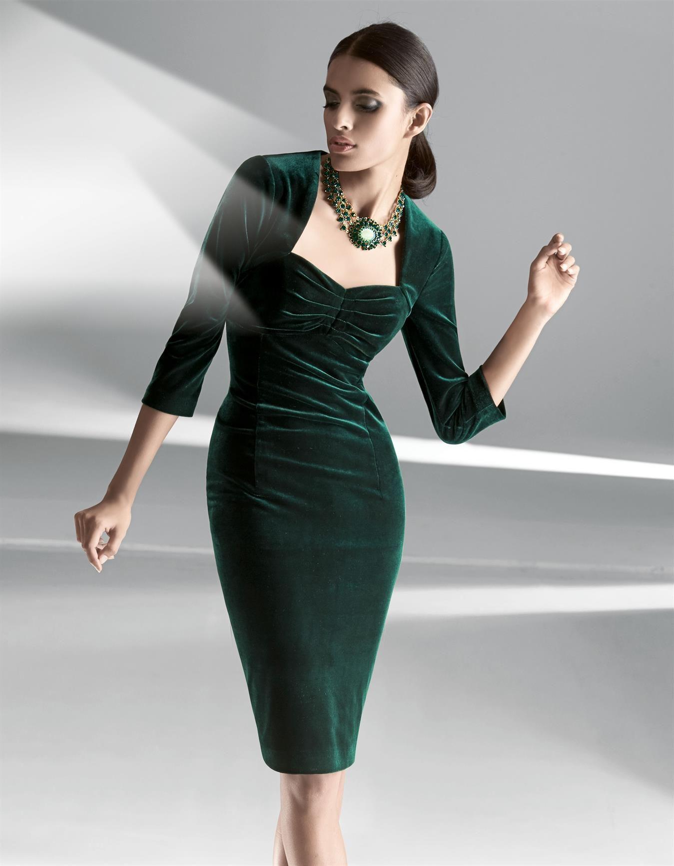 Abendkleid aus Samt in den Farben schwarz, dunkelgrün - Größen 42/36 ...
