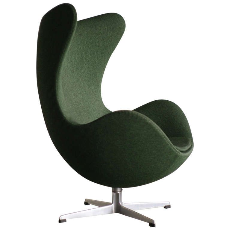 1960 S Arne Jacobsen Egg Chair In Original Vintage Green At Http Www 1stdibs Com Furniture Seating Lounge C Lounge Chair Lounge Chair Outdoor Pink Desk Chair