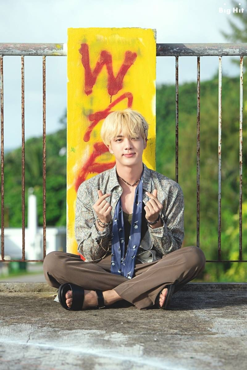 BTS x Starcast '2018 BTS Summer Vacation in Saipan' B-cut Photos.