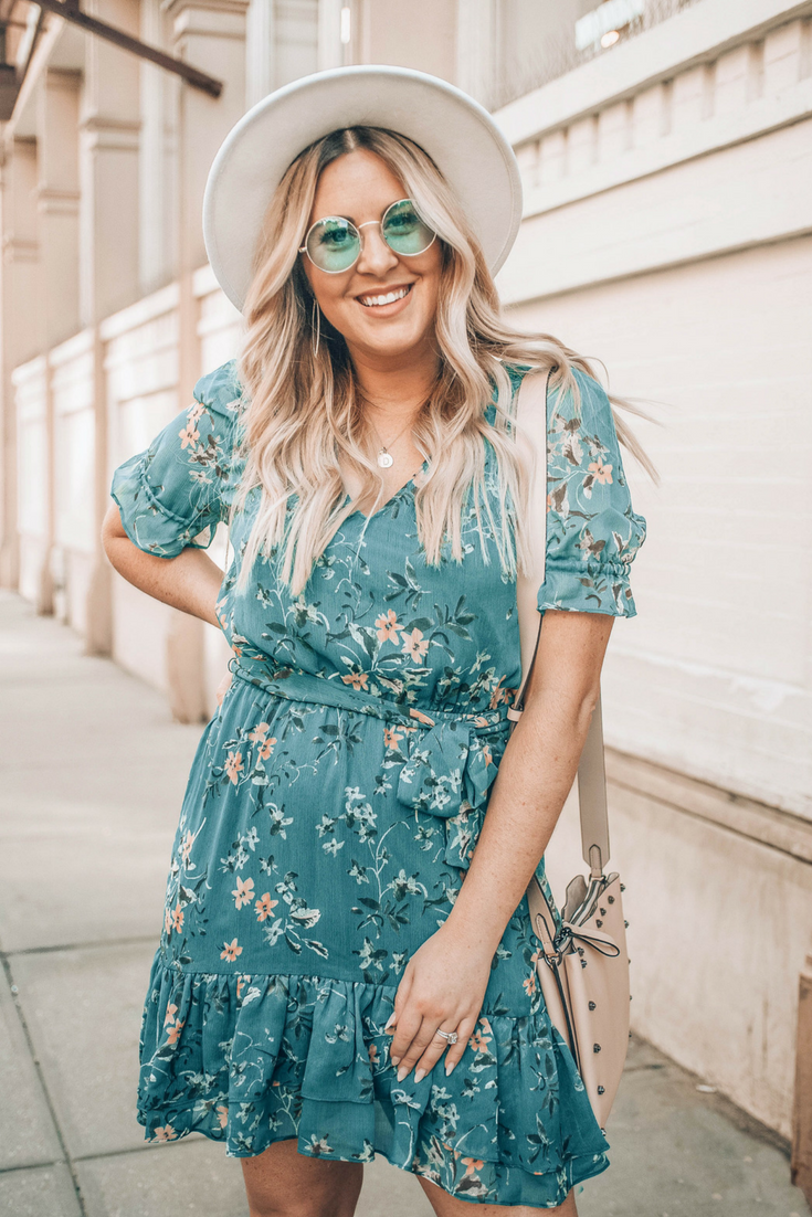 The New Dress Style Taking Over My Summer Wardrobe Danielle Gervino Summer Fashion Dresses Style New Dress [ 1102 x 735 Pixel ]
